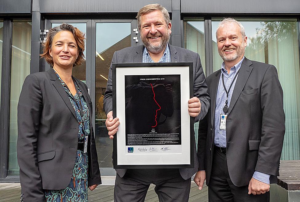 Bilde av at Ruter mottar Ipsos omdømmepris