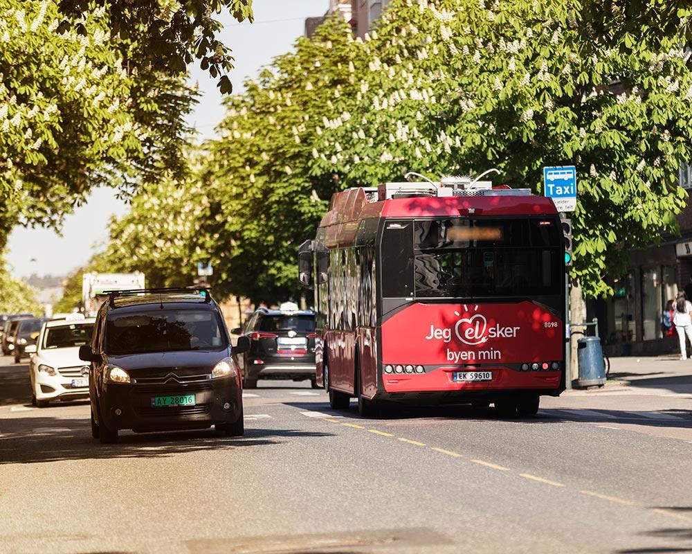 Bilde av bybuss